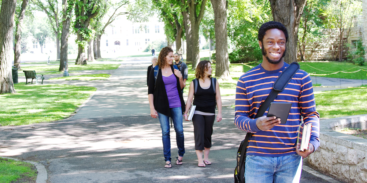 students exploring a college campus